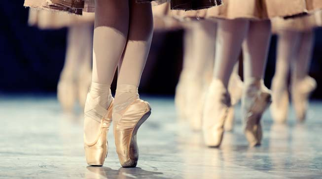 The Five Benefits to Hiring a Dancer